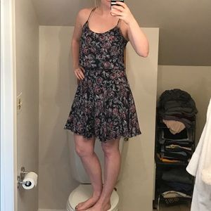 Joie navy silk floral dress. NWOT no flaws